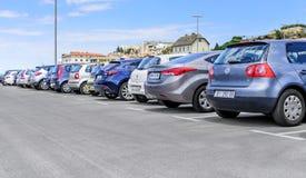 Автомобили автостоянки в порте Стоковое Фото