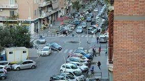 Автомобили и перекрестки города акции видеоматериалы