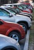автомобили паркуя рядок Стоковое фото RF