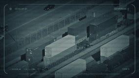 Автомобили CCTV проходя железнодорожный двор с boxcars видеоматериал