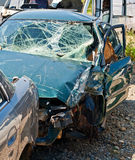 Автомобильная катастрофа где повреждение было огромно стоковые изображения rf