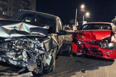 Автомобильная катастрофа ночи стоковое фото rf