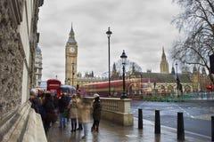 Автомобильное движение в городе Лондона Стоковое фото RF