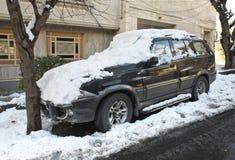 Автомобиль зимы стоковое фото rf