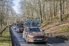 Автомобиль команды Mondiale Ла AG2R - Париж-славное 2017 стоковые изображения rf