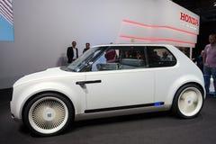 Автомобиль концепции Honda городской EV стоковая фотография rf