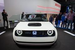 Автомобиль концепции Honda городской EV стоковое фото rf