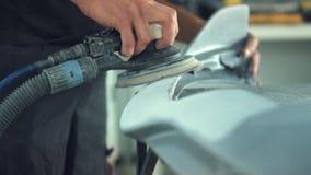 Автомобиль механика автомобиля зашкурить видеоматериал