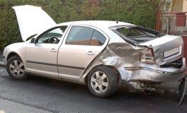 автомобиль повредил стоковое изображение rf