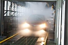 Автомобиль проверяя процедуру Стоковые Изображения RF