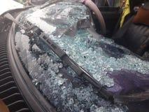 Автомобиль разбил в аварию Стоковые Фотографии RF