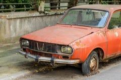 автомобиль ржавый Стоковое Изображение
