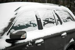 автомобиль снежный Стоковая Фотография