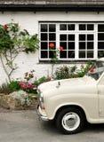автомобиль cornwall старый стоковое фото