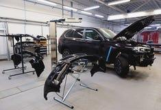 Автомобиль готовый для того чтобы покрасить Стоковые Фотографии RF