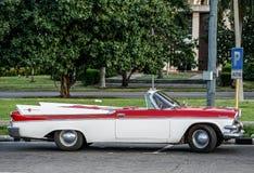 Автомобиль год сбора винограда в Гавана Стоковые Изображения