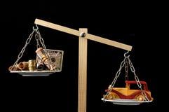 Автомобиль денег и игрушки деревянный Стоковые Изображения