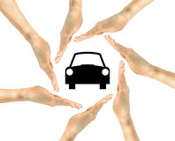 Автомобиль значка в руках человека Стоковые Изображения RF