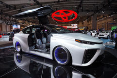 Автомобиль крыла чайки Тойота Mirai стоковые изображения rf