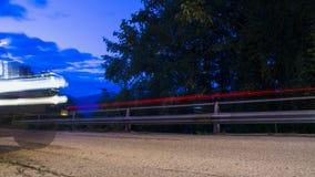 Автомобиль на дороге темноты Стоковое Изображение