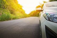 Автомобиль на дороге Стоковое Изображение