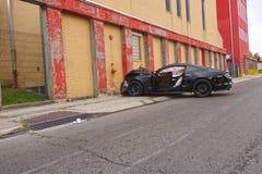 Автомобиль разбил в здание Стоковое фото RF