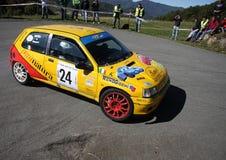 Автомобиль ралли Renault Clio Стоковые Фото