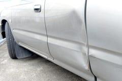 Автомобиль с вдавленным местом Стоковые Изображения RF