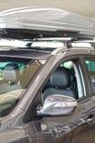Автомобиль с грузом крыши. Стоковые Изображения RF
