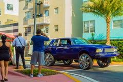 Автомобиль с огромными колесами Стоковая Фотография RF