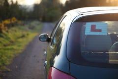 Автомобиль учащийся стоковое изображение rf