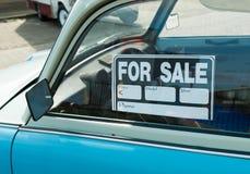 Автомобиль для продажи стоковые изображения rf