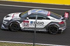 Автомобиль Audi DTM в гонке стоковые фотографии rf