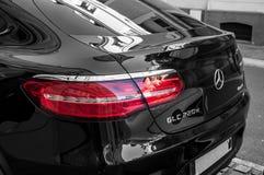 Автомобиль GLC 220d Benz Мерседес припарковал в улице Стоковое Изображение RF