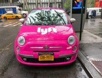 Автомобиль Lyft стоковые фото