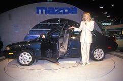Автомобиль Mazda будучи показыванным на автосалоне Лос-Анджелеса на выставочном центре Лос-Анджелеса, Калифорнии Стоковые Изображения RF