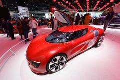 Автомобиль Renault DeZir электрический стоковая фотография