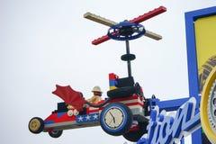 Автомобиль Tflying в парке воображения в Legoland Флориде Стоковое Изображение