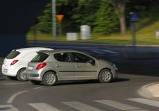 2 автомобиля в движении Стоковая Фотография