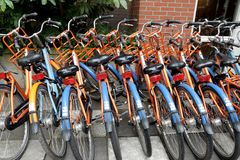 Автостоянка арендных велосипедов Стоковые Изображения RF