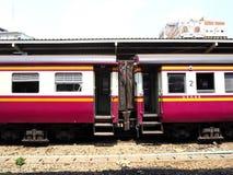Автостоянка поезда на станции Стоковое Изображение
