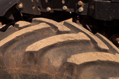 автошина колеса трактора крупного плана Стоковые Изображения RF