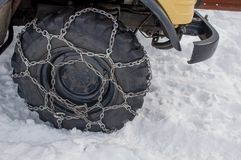 Автошина с цепями стоковое фото rf