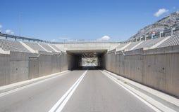 Автодорожный мост и тоннель стоковое фото