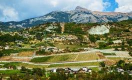 Аграрные поля в итальянских Альпах Стоковая Фотография RF