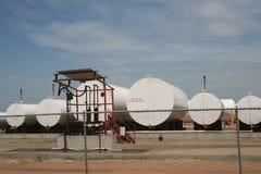Аграрные танки станции заполнения нефти стоковые изображения rf