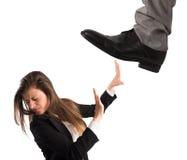 Агрессивный босс при работник изолированный на белой предпосылке Концепция перегрузок и толпиться Стоковое Фото