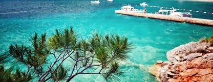 Адриатическое море Montenegr Lustica полуострова пляжа Zanjic вида на море Стоковое фото RF