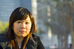 азиатская близкая девушка 2 вверх по детенышам Стоковое Изображение RF