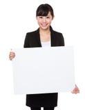Азиатская выставка коммерсантки с белым знаменем Стоковое Изображение RF